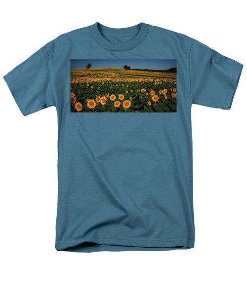 Men's T-Shirt  (Regular Fit) featuring the photograph A Lot Of Birdseed  by Chris Berry