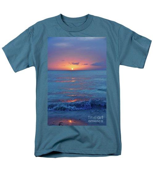 A Perfect Finish Men's T-Shirt  (Regular Fit)