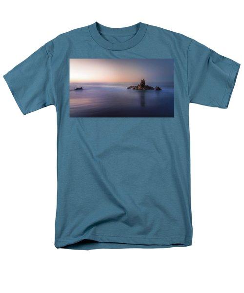 Big Corona Rock Men's T-Shirt  (Regular Fit)