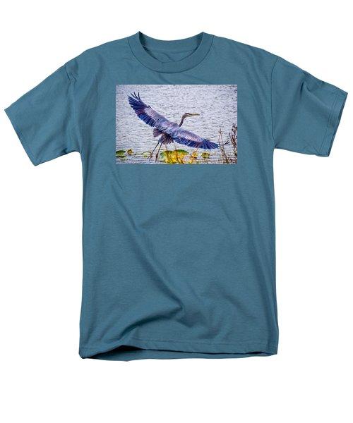 Blue Heron  Take Off  Men's T-Shirt  (Regular Fit) by Peggy Franz