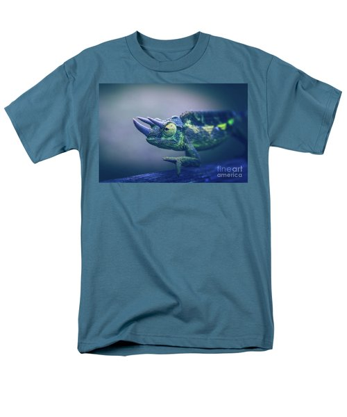 Men's T-Shirt  (Regular Fit) featuring the photograph Chamaeleo Jacksonii by Sharon Mau