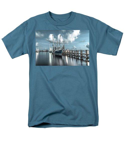 Cpt. Duyen Men's T-Shirt  (Regular Fit)