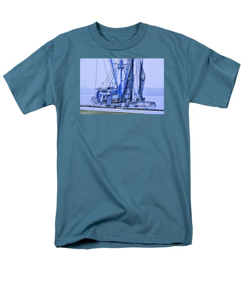 Men's T-Shirt  (Regular Fit) featuring the photograph Decked Out In Blue by Laura Ragland