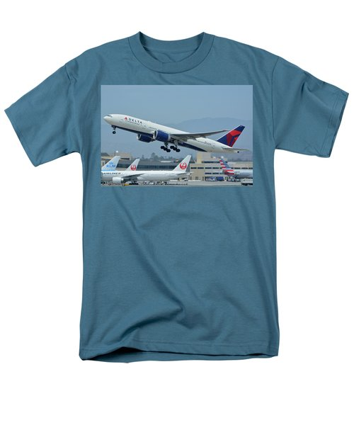 Men's T-Shirt  (Regular Fit) featuring the photograph Delta Boeing 777-232lr N703dn Los Angeles International Airport May 3 2016 by Brian Lockett