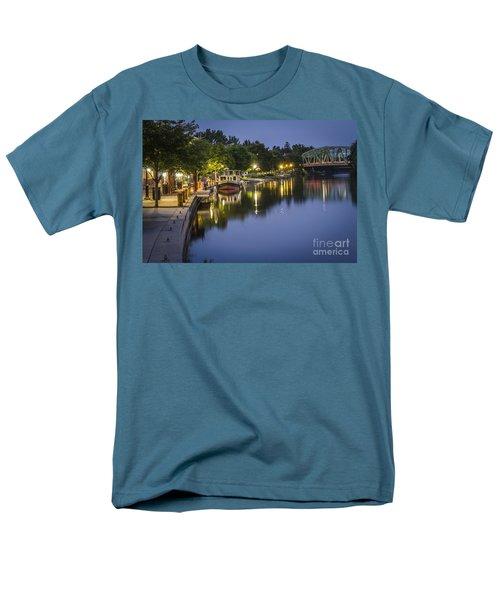 Erie Canal Shoreline Men's T-Shirt  (Regular Fit)