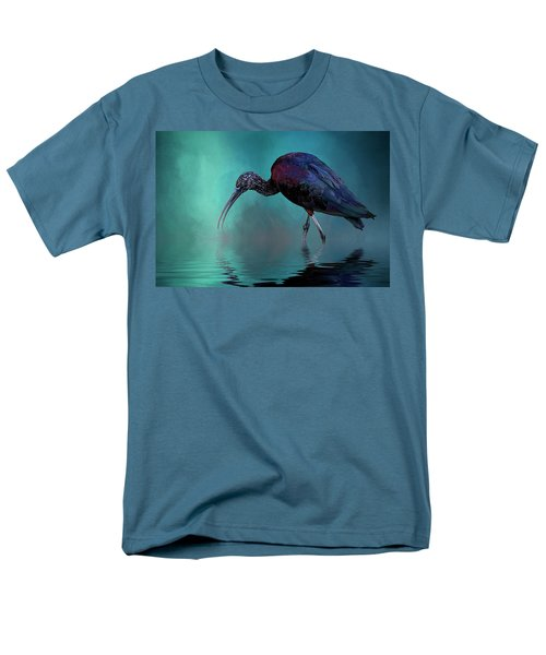 Glossy Ibis Looking For Breakfast Men's T-Shirt  (Regular Fit) by Cyndy Doty
