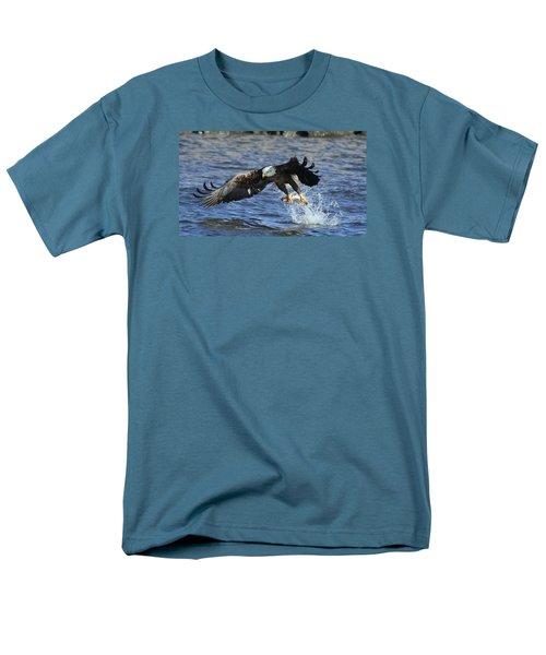 Grabbing Some Dinner Men's T-Shirt  (Regular Fit)