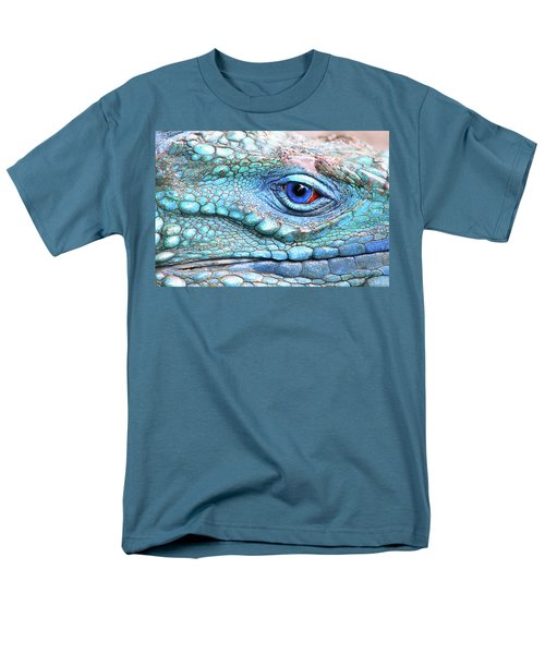 In His Eye Men's T-Shirt  (Regular Fit) by Iryna Goodall