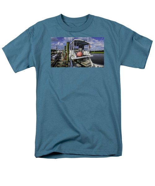 It's A Beautiful Day Men's T-Shirt  (Regular Fit) by David Smith