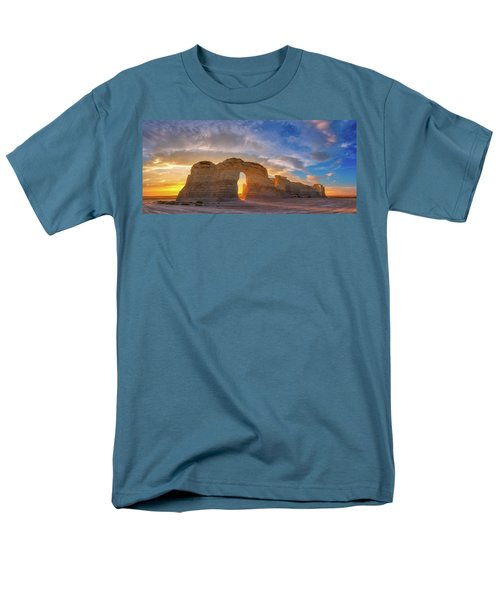 Kansas Gold Men's T-Shirt  (Regular Fit) by Darren White
