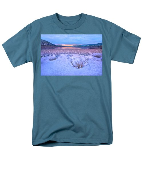 Men's T-Shirt  (Regular Fit) featuring the photograph Nature's Sculpture by John Poon