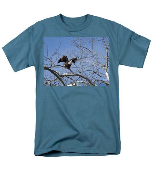 Men's T-Shirt  (Regular Fit) featuring the photograph Ready by Jim  Hatch