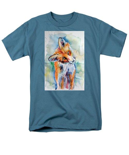 Red Fox Watching Men's T-Shirt  (Regular Fit)