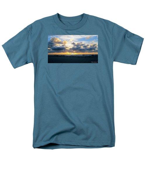 Seagulls On The Beach At Sunrise Men's T-Shirt  (Regular Fit)