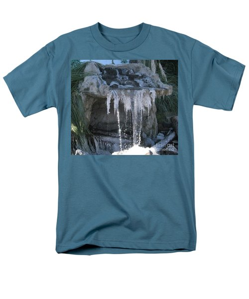 Smokey Stoves Frozen Falls Men's T-Shirt  (Regular Fit)