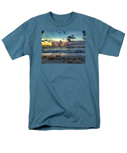 Sun Rays  Men's T-Shirt  (Regular Fit)