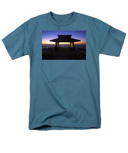 The Naples Pier At Twilight - 02 Men's T-Shirt  (Regular Fit) by Robb Stan