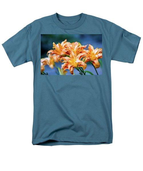 Triple Lilies Men's T-Shirt  (Regular Fit)