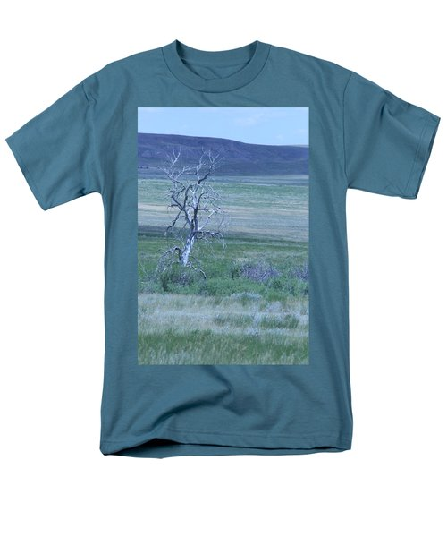 Men's T-Shirt  (Regular Fit) featuring the photograph Twisted And Free by Mary Mikawoz