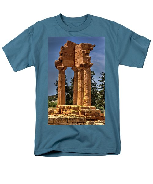 Valley Of The Temples I Men's T-Shirt  (Regular Fit) by Patrick Boening