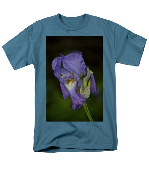 Vintage Iris May 2017 Men's T-Shirt  (Regular Fit) by Richard Cummings