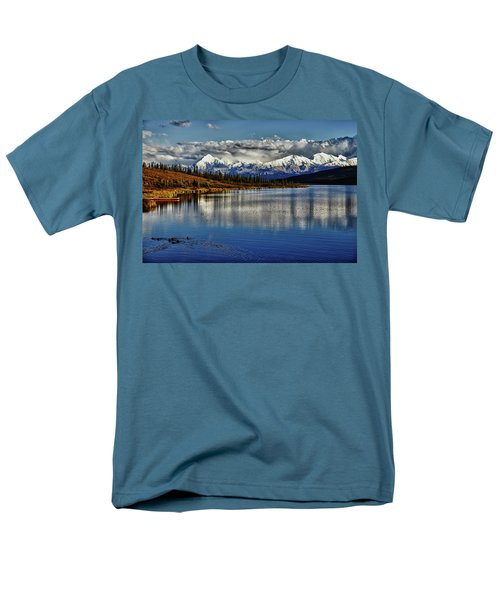 Wonder Lake IIi Men's T-Shirt  (Regular Fit)