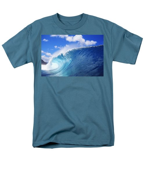 World Famous Pipeline Men's T-Shirt  (Regular Fit) by Vince Cavataio - Printscapes