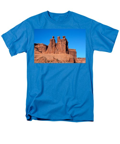 Men's T-Shirt  (Regular Fit) featuring the photograph The Watchers by John M Bailey