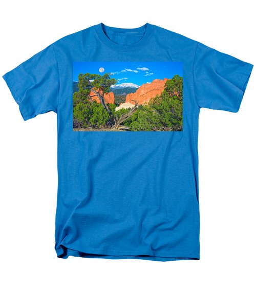 Typical Colorado  Men's T-Shirt  (Regular Fit) by Bijan Pirnia