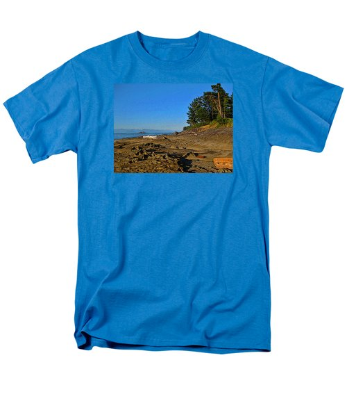 Beach Scene, Berry Point, Gabriola, Bc Men's T-Shirt  (Regular Fit) by Anne Havard