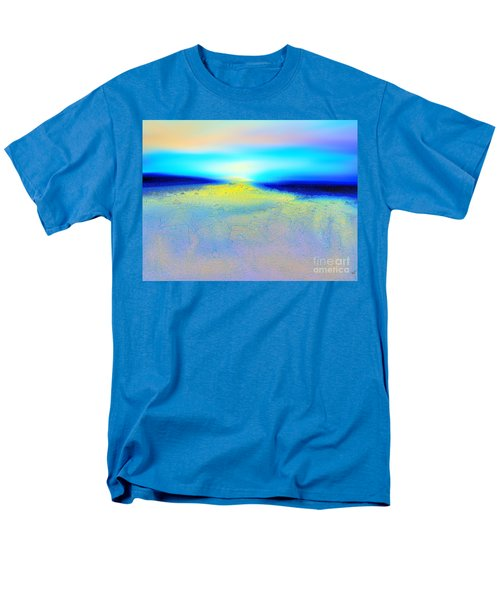 Chasing The Sun  Men's T-Shirt  (Regular Fit)
