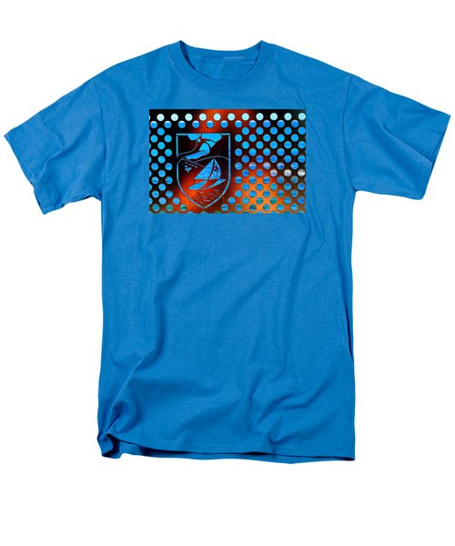 Men's T-Shirt  (Regular Fit) featuring the photograph Grate View by Richard Patmore
