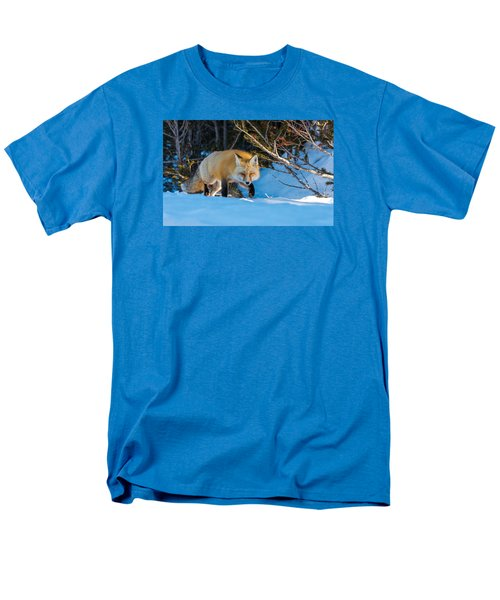 Men's T-Shirt  (Regular Fit) featuring the photograph Red Fox In Winter Snow by Yeates Photography