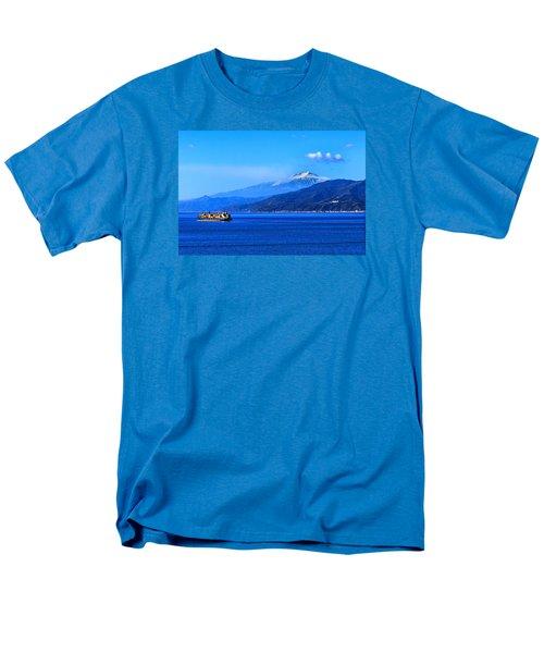 Sleeping Giant Men's T-Shirt  (Regular Fit) by Laura Ragland