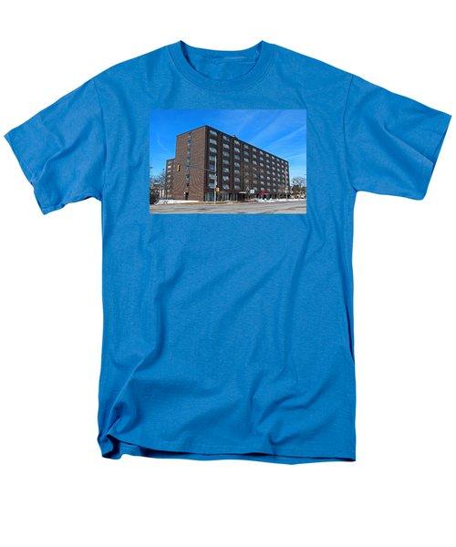 Vistula Manor Men's T-Shirt  (Regular Fit) by Michiale Schneider