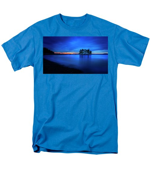 Men's T-Shirt  (Regular Fit) featuring the photograph Whytecliff Sunset by John Poon