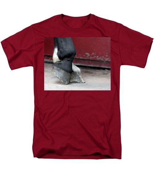 Hooves Men's T-Shirt  (Regular Fit) by Lisa Phillips