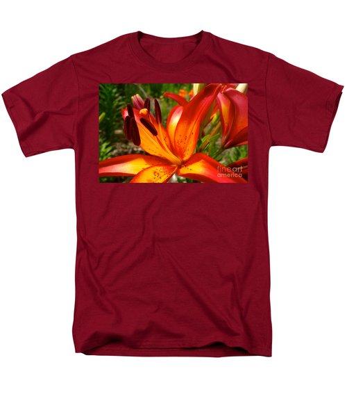 Royal Sunset Lily Men's T-Shirt  (Regular Fit) by Jacqueline Athmann