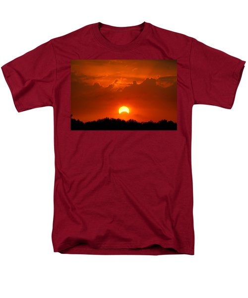 Solar Eclipse Men's T-Shirt  (Regular Fit)