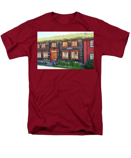 Old House Men's T-Shirt  (Regular Fit) by Thomas M Pikolin