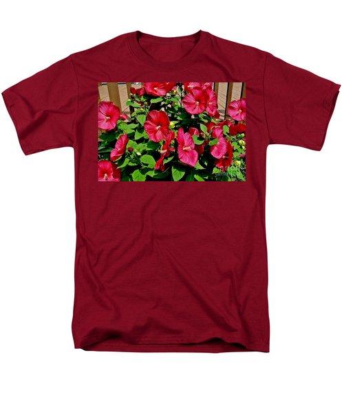 Tropical Red Hibiscus Bush Men's T-Shirt  (Regular Fit)