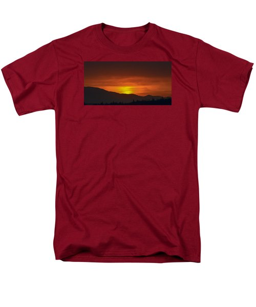 Men's T-Shirt  (Regular Fit) featuring the photograph Going Down by Ronda Broatch