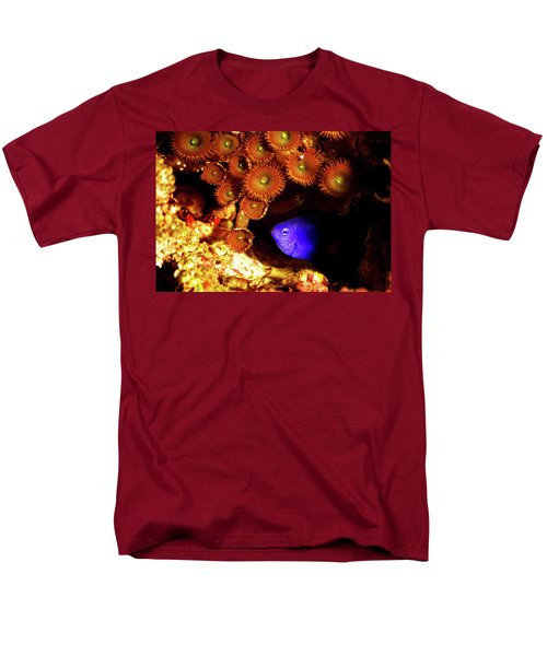 Men's T-Shirt  (Regular Fit) featuring the photograph Hiding Damsel by Anthony Jones
