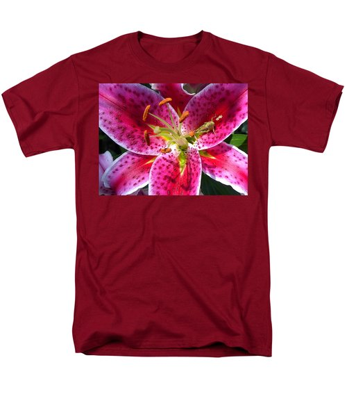 Lily Men's T-Shirt  (Regular Fit) by Mary-Lee Sanders