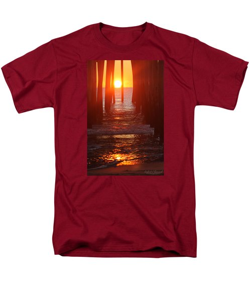 Orb On The Water Men's T-Shirt  (Regular Fit)