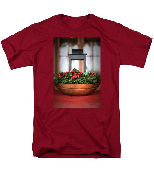 Men's T-Shirt  (Regular Fit) featuring the photograph Seasons Greetings Christmas Centerpiece by Shelley Neff