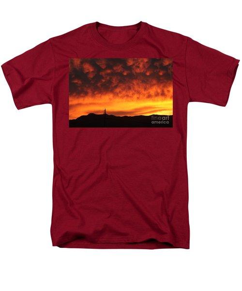 The Sun Goes Down Men's T-Shirt  (Regular Fit)