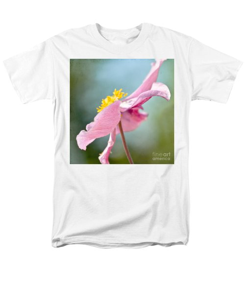 Reaching For The Sky  Men's T-Shirt  (Regular Fit)