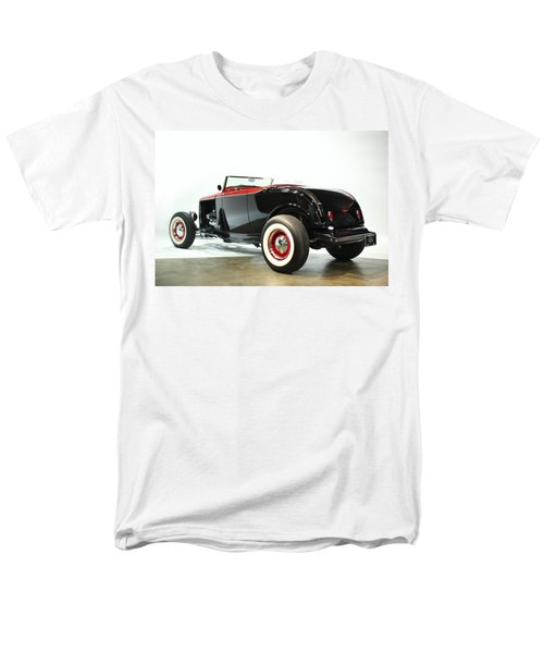 Men's T-Shirt  (Regular Fit) featuring the photograph 1932 Ford Deuce Roadster by Gianfranco Weiss