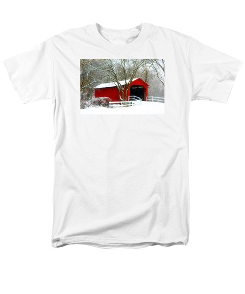 Cover Bridge Beauty Men's T-Shirt  (Regular Fit) by Peggy Franz
